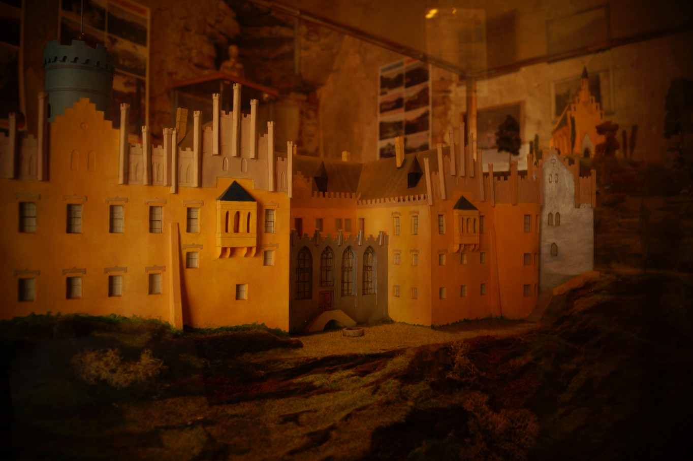 Model hradu a zámku